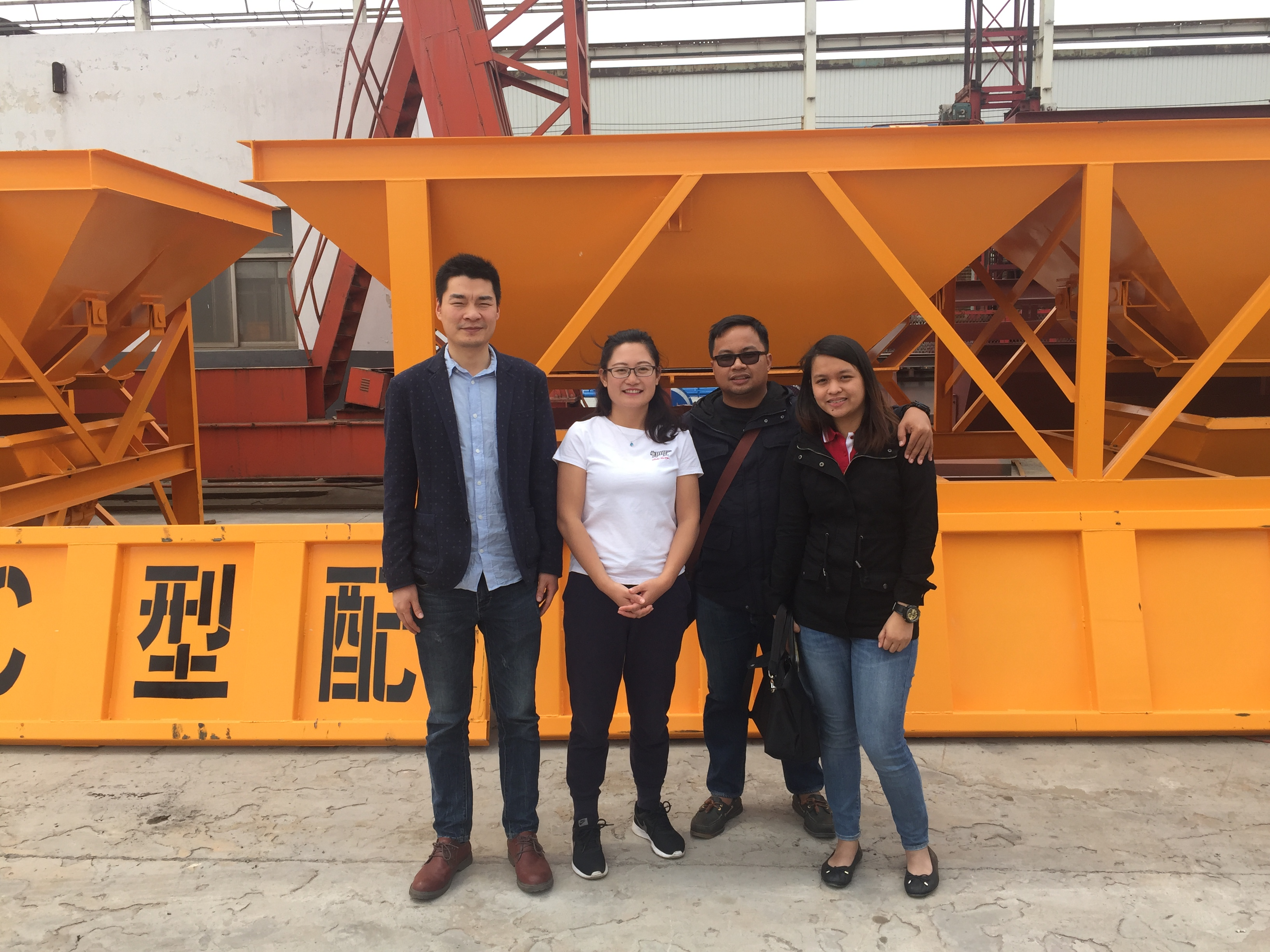 Customers from Philippines visit our factory last week