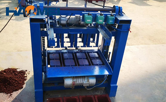 interlocking block machines